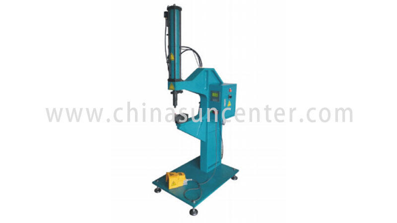 Rivetless riveting machine with 8T power-1